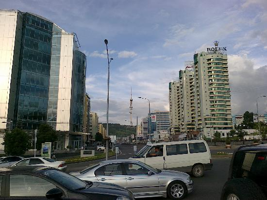 Almaty, Kazachstan: city atmosphere