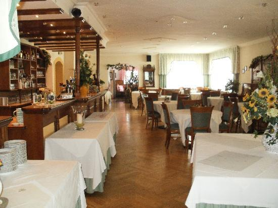 Hotel Tirolerhof: De bar