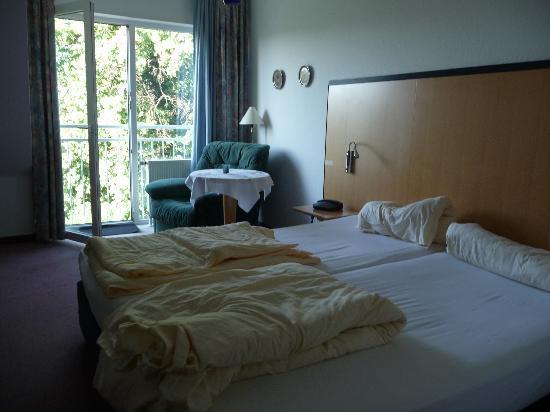 Hotel Torgauer Brauhof: double bedroom