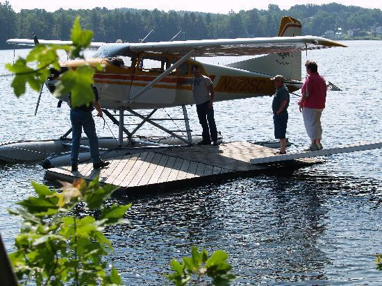 Wilson Lake Inn: Scenic Air Tours available by request