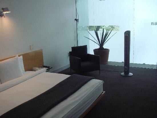 Hotel Habita: Room