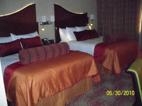Choctaw Casino Resort: Standard two bed queen room