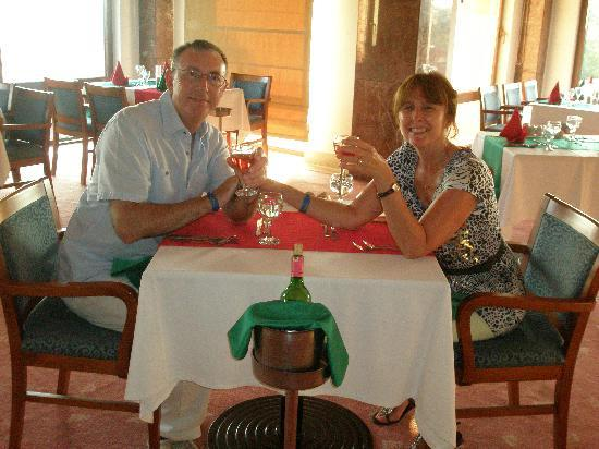 Alba Resort Hotel: Italian al a carte on our anniversary