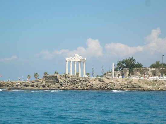 Κολακλί, Τουρκία: Historical site at Side from the boat