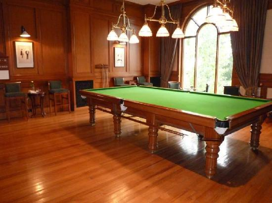 Wildflower Hall, Shimla in the Himalayas: snooker room