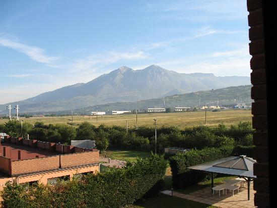 Avezzano, Italy: The mountain view out my window