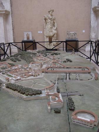 Museo della Civiltà Romana : Hadrian's Villa in Tivoli [Villa Adriana]