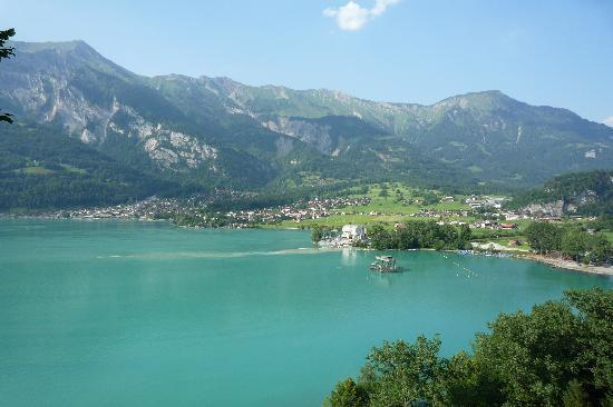Brienz (View from the road to Gieesbach)