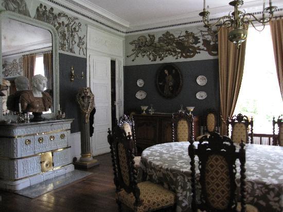 Chateau du Plessis Anjou : dining room