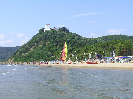 PuntAla Camp & Resort: spiaggia