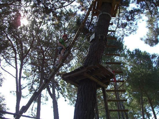 PuntAla Camp & Resort: parco avventura