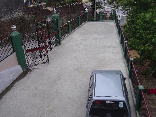Neelkanth Guest House: Private Parking facility