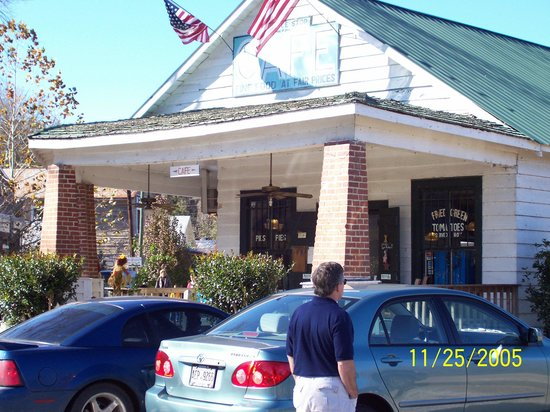 Forsyth, GA: Whistle Stop Cafe Juliette
