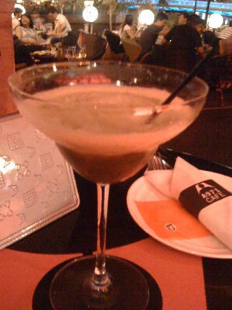 A971 Cafe : matcha martini!
