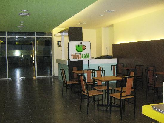 Go Hotels Mandaluyong: Go Hotel's Coffee Shop (Limited Offering)