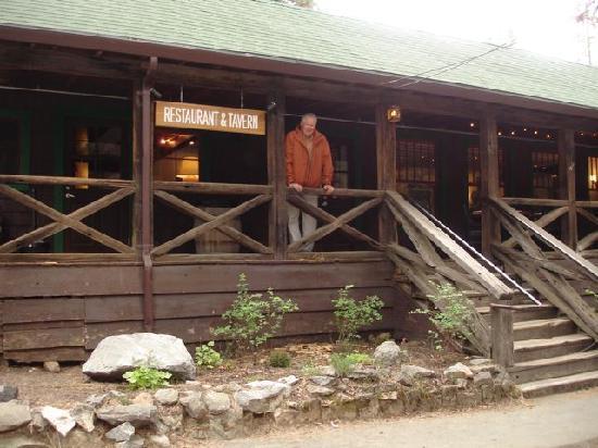 Evergreen Lodge at Yosemite: Restaurant and Tavern