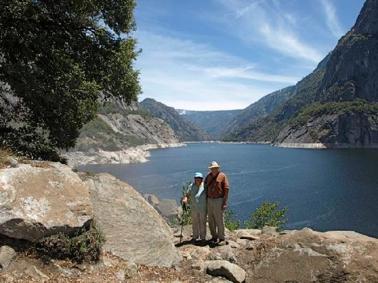 Evergreen Lodge at Yosemite: Hiking Hetch Hetchy