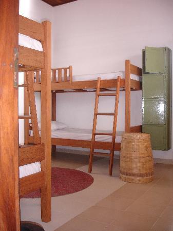 Albergue Pedra da Sereia: Dorm room
