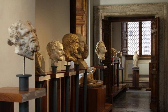 Museo di Scultura Antica Giovanni Barracco (Roma): AGGIORNATO 2021 - tutto  quello che c'è da sapere - Tripadvisor