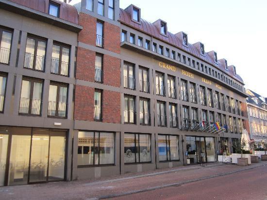 Amrath Grand Hotel Frans Hals: Straßenansicht