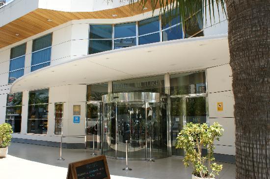 Hotel RH Victoria: hotel entrance