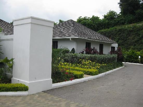 Tryall Club: Front View of Villa