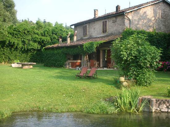 la casa principale foto di la finestra sul fiume