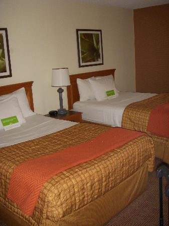 La Quinta Inn & Suites Tampa Brandon West: Double beds