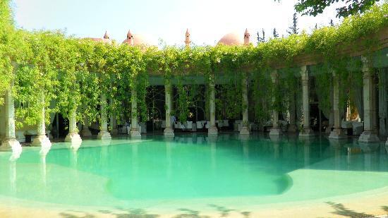 Le Palais Rhoul & Spa: la piscine