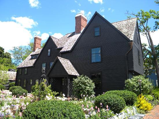 the house of the seven gables The house of the seven gables is a gothic novel written beginning in mid-1850  by american author nathaniel hawthorne and published in april 1851 by.