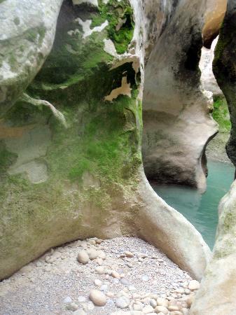 Hotel Santa Maria de Alquezar : Beautiful rivers