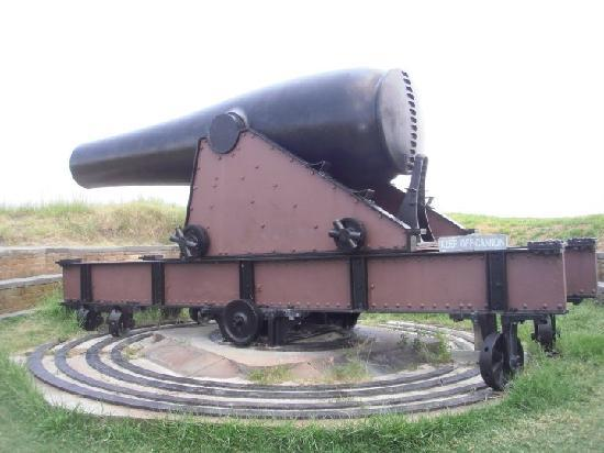 Gulfport, MS: A cannon