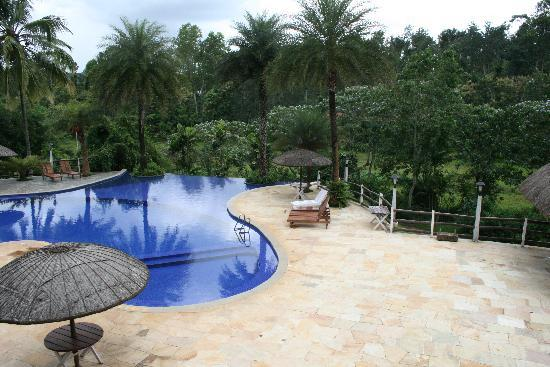 Orange County, Coorg : The swimming pool
