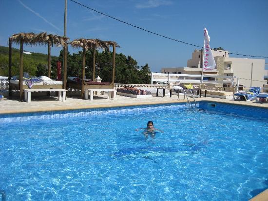 Maysi Hostal: piscina