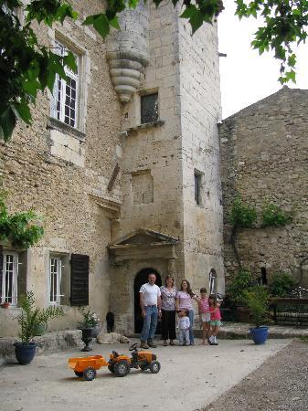Aurons, France: Le Petit Sonnailler (main entrance)