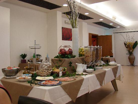 Hotel Palace 2000: La sala colazioni