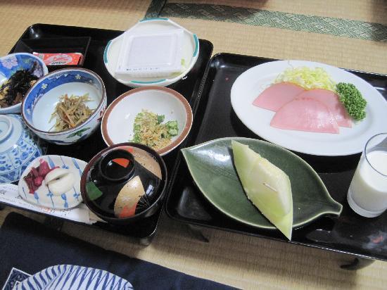 iijimakan: 和洋折衷な朝食