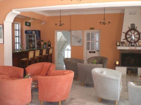Citrus Tree Gardens: lobby