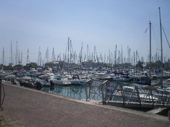 St vaast la hougue marina photo de quettehou manche - Office du tourisme st vaast la hougue ...