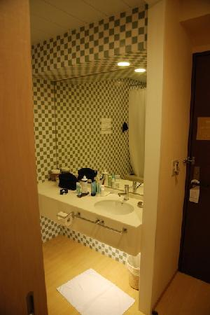 Arietta Hotel Osaka: beautiful bathroom