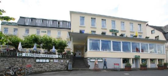 Bad Breisig, ألمانيا: Blick vom Rheinufer auf das Hotel