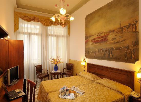 Hotel Ala - Historical Places of Italy: Double de luxe