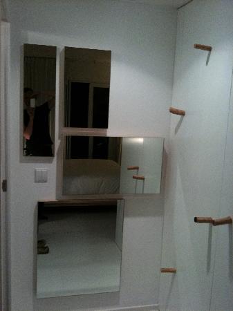 Hotel da Vila: Schränke im Zimmer