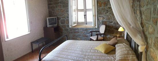 Nereids Guest House : double room