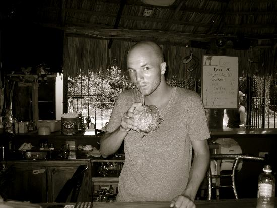 Coco Hotel: nothing like coconut at the bar.