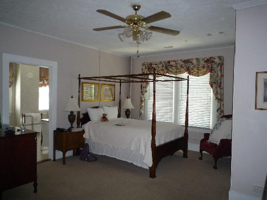 Aiken, Южная Каролина: My room at The Carriage House Inn