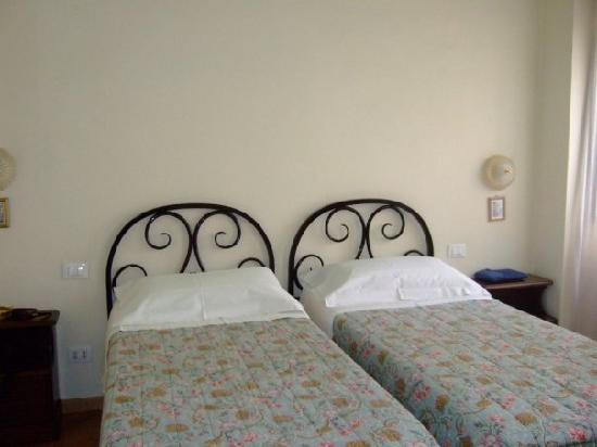 Cimabue 9: beds in the double room