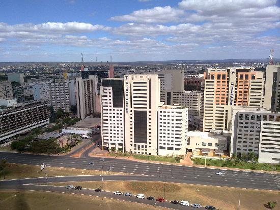 Melia Brasil 21: El hotel y su manzana visto desde la torre de TV