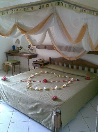 Diani Sea Resort: Lovely decoration for our honeymoon