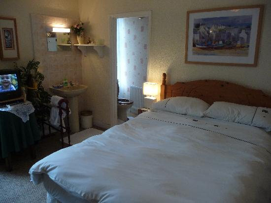 Roxburgh Guest House: Our Room